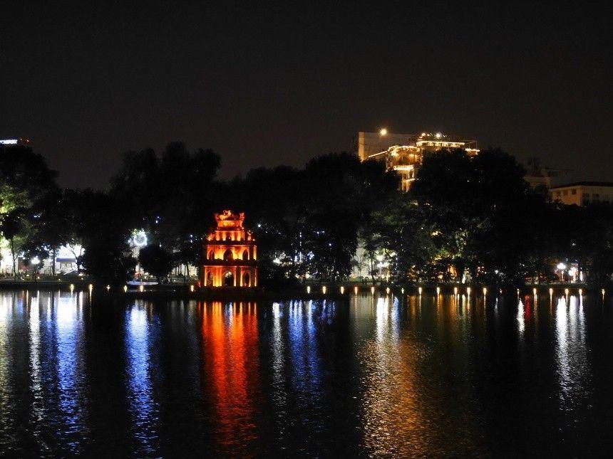 Hanoi 8 lago Hoam Kiem